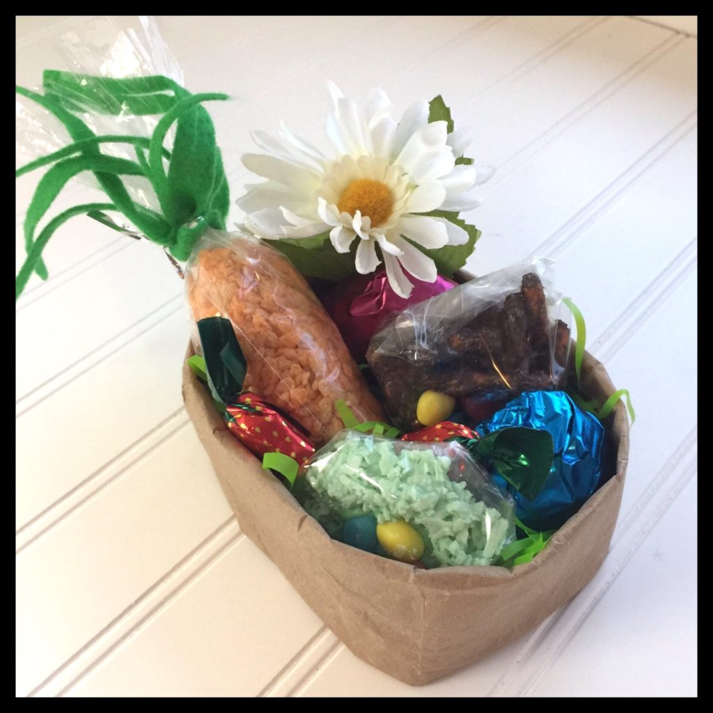 Ostara easter basket ideas for vegans part 3 vegan kitchen magick the first basket is just a brown paper lunch bag folded over several times and the others were 050 to 100 at a thrift shop negle